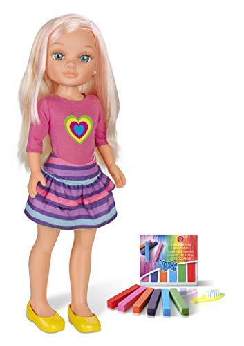 Nancy - Un día haciendo mechas, muñeca con tizas de colores para pintar el pelo y...