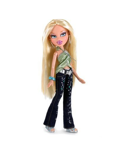 Bratz Passion 4 Fashion Doll with 2 Outfits (Cloe) Doll