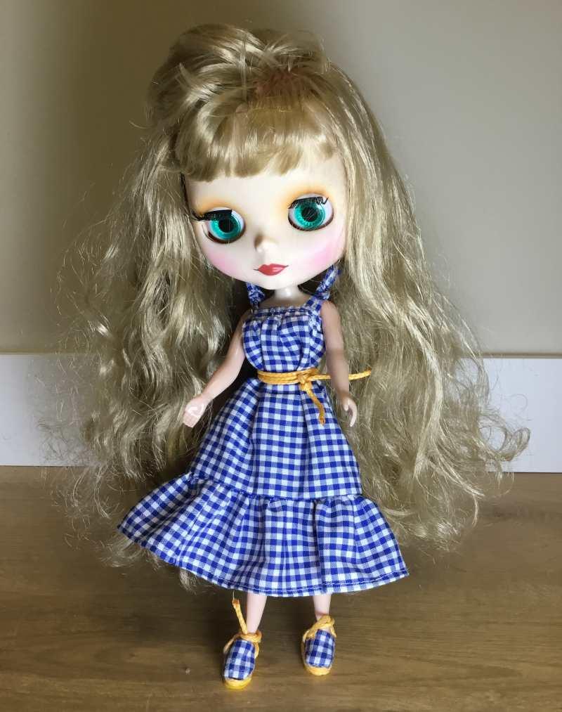 como customizar una muñeca blythe